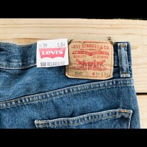 NWT Levi's 550 Relaxed Fit Jeans 36x34